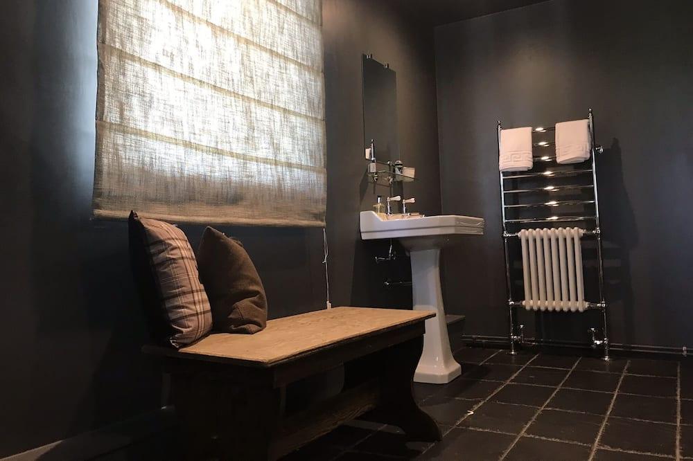 Deluxe-dobbeltværelse - eget badeværelse - udsigt til have (and Shower) - Badeværelse
