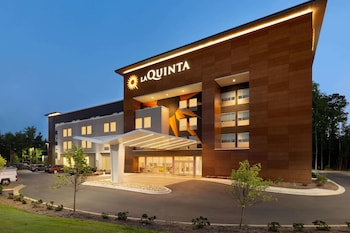 Picture of La Quinta Inn & Suites by Wyndham Rock Hill in Rock Hill