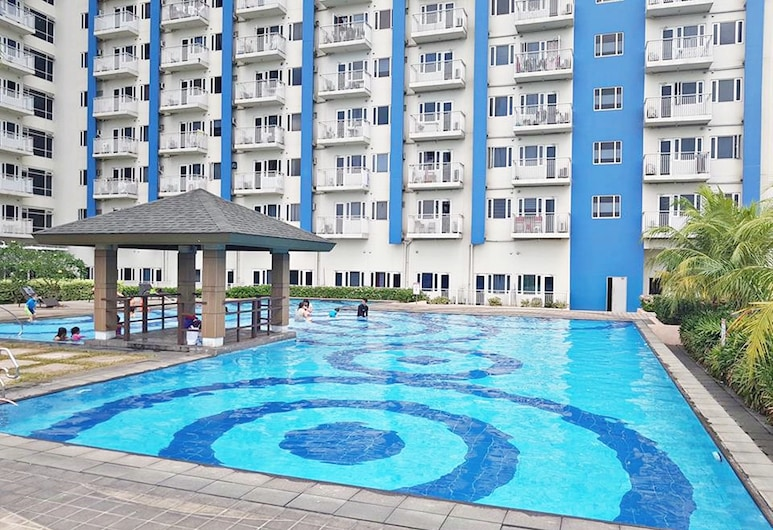 Riley's Staycation, Quezon City, Outdoor Pool