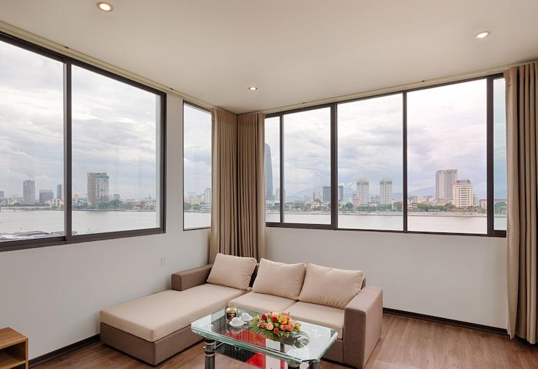 Vitalis Riverside Hotel, Da Nang, King Room, Guest Room