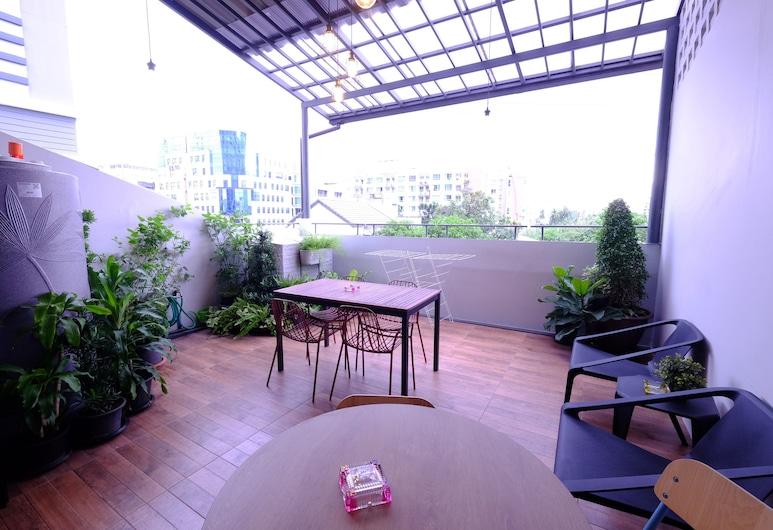 Neveu Premier Residence, Bangkok