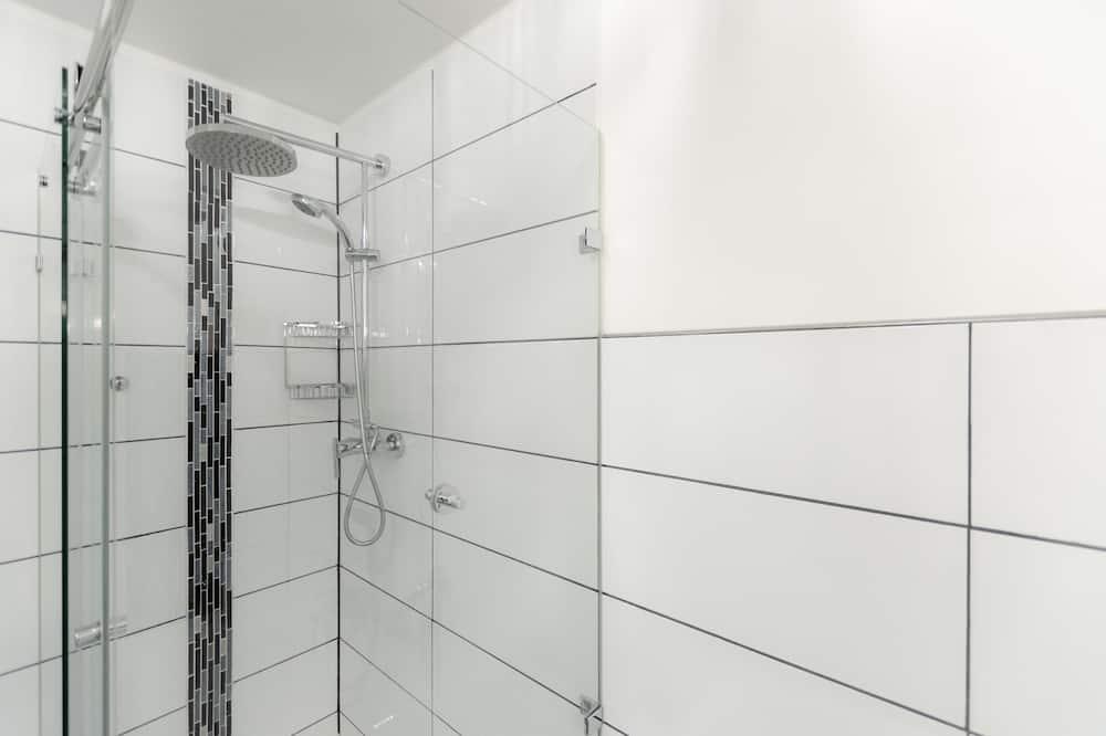 Třílůžkový pokoj - Sprcha