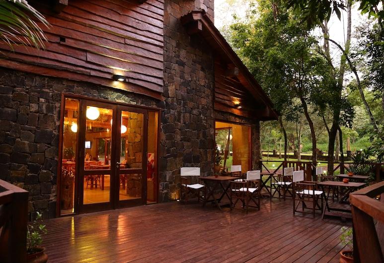 Tierra Guarani Lodge de Selva, Puerto Igvasu, Terasa / vidinis kiemas