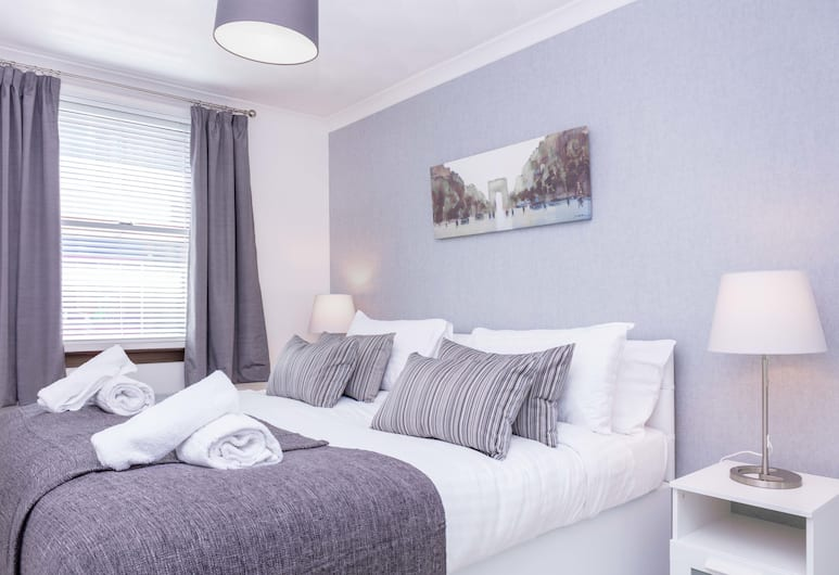 The Coral - Donnini Apartments, Ayr, Apartment, 1 King Bed with Sofa bed, Room