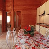Bungalow, 2 Bedrooms - In-Room Dining