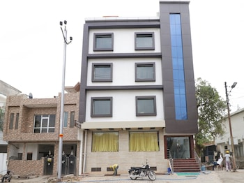 Picture of OYO 12750 Hotel The Jalsa in Agra
