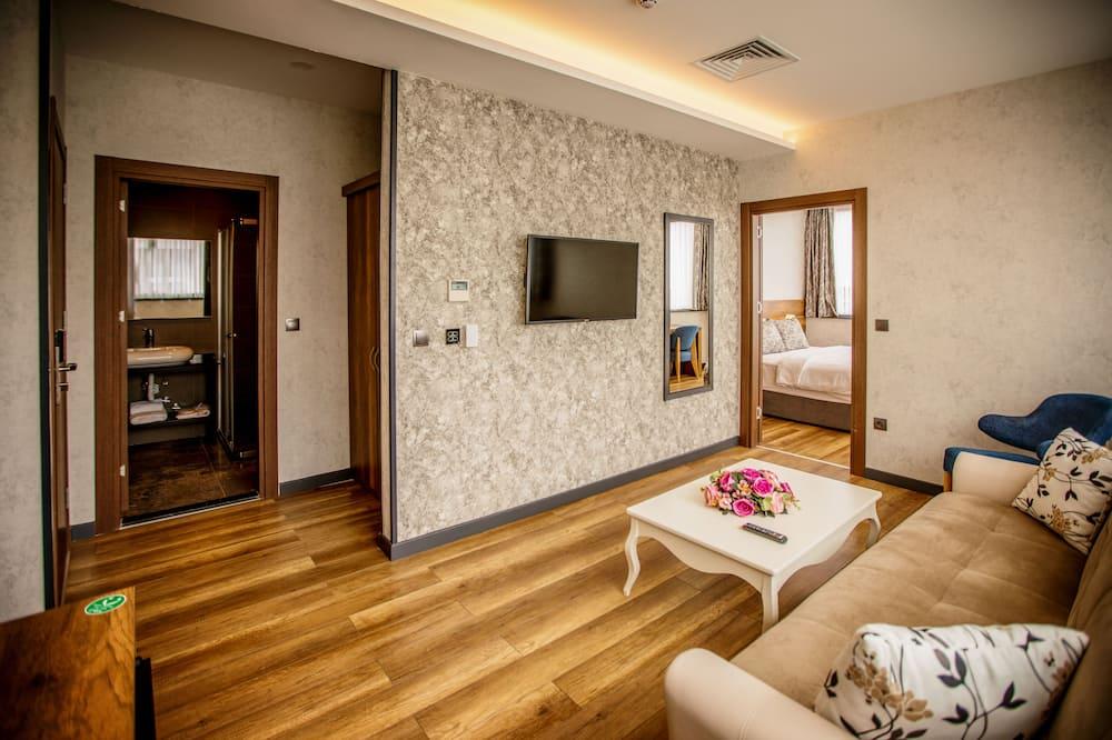 Süit, 2 Yatak Odası, Deniz Manzaralı - Oturma Odası