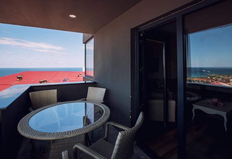 Life Point Hotel, Trabzon, Deluxe-Suite, 2Schlafzimmer, Balkon, Meerblick, Zimmer