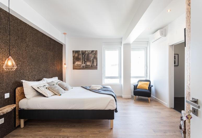Lisbon Airport Suites, Lisbon, Deluxe Suite, River View (I), Guest Room