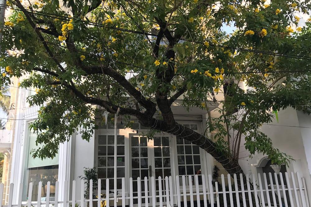 Pokój dwuosobowy typu Executive, Łóżko queen - Z widokiem na balkon