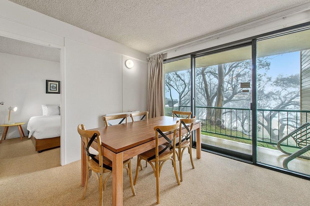 Apartment, 2Schlafzimmer (Chalet 402) - Essbereich im Zimmer