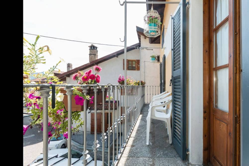 Deluxe Double or Twin Room, Balcony, City View (private external bathroom) - Balcony