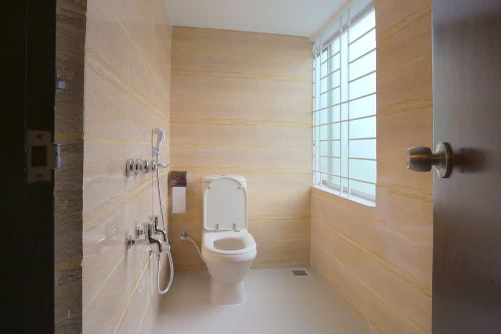 Superior-Doppel- oder -Zweibettzimmer - Badezimmer