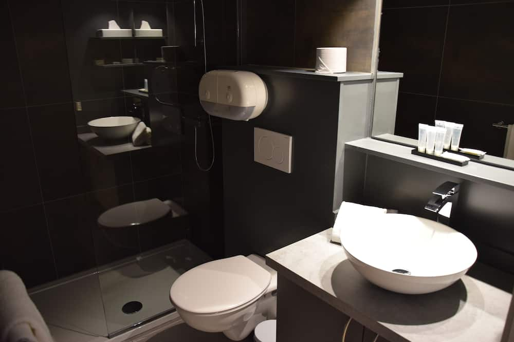 Standard - kahden hengen huone, Terassi - Kylpyhuone