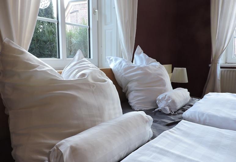 Altes Pastorat, Бармштедт, Двухместный номер с 1 двуспальной кроватью, общая ванная комната, Номер