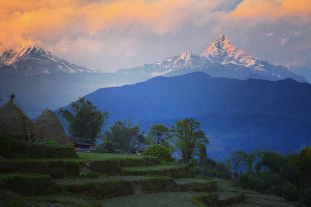 Dvivietis kambarys su pagrindiniais patogumais - Vaizdas į kalnus