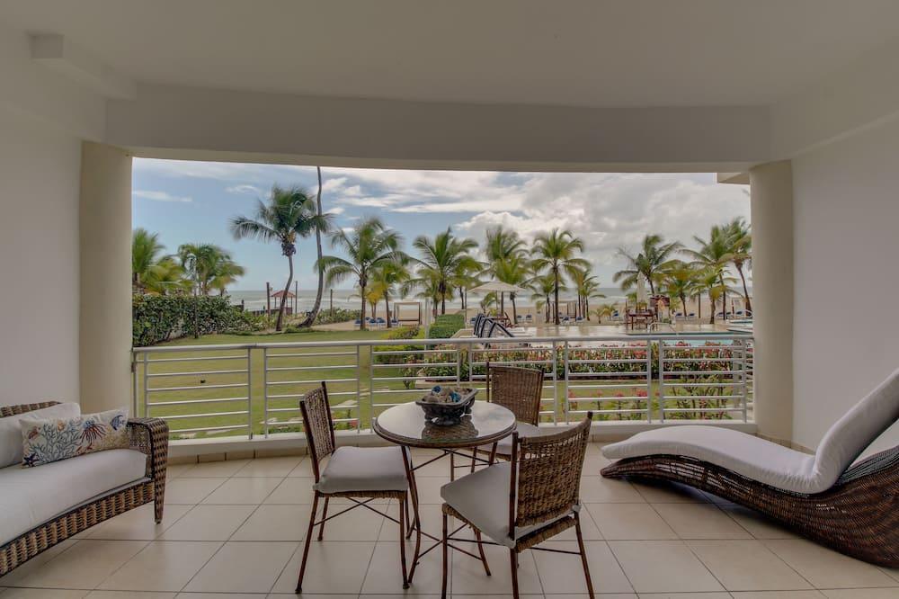Luksus-lejlighed - strandudsigt - ved stranden - Altan