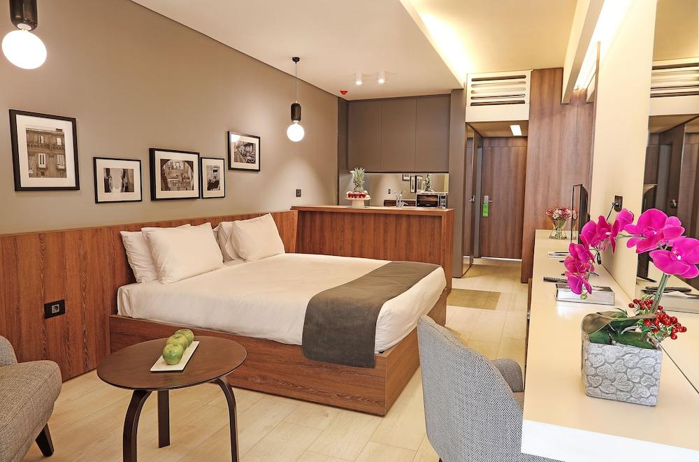 book le pave residences in qornet el hamra hotels com