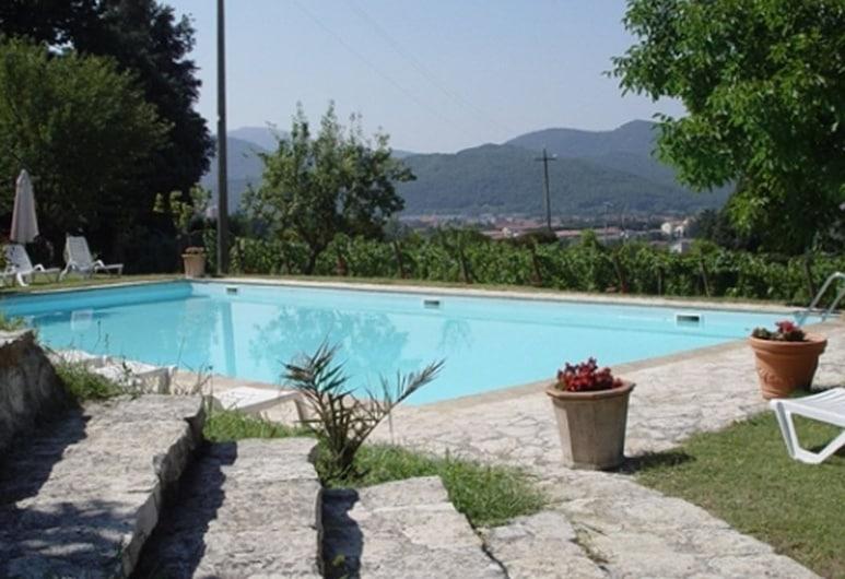 韦葛尼帕切农庄酒店, 翁贝蒂德, 游泳池