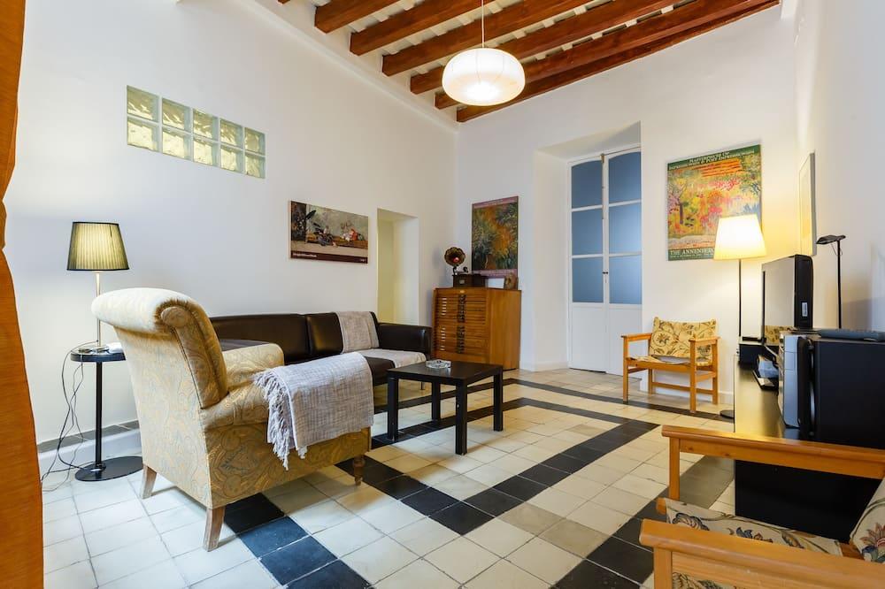 Apartment, 4 Bedrooms, Terrace - Living Room