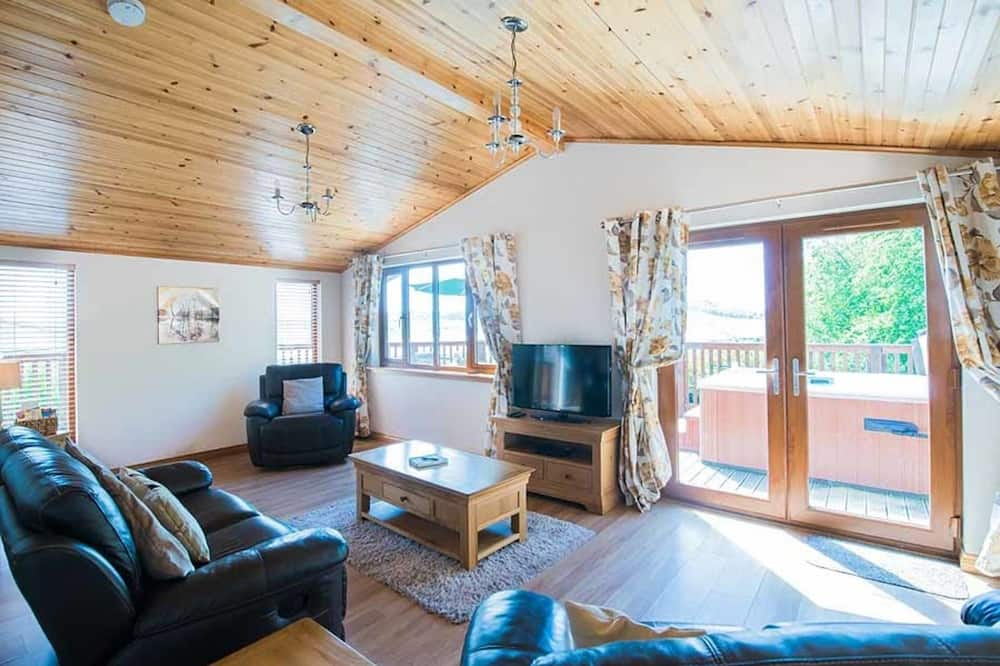 Cabin, Multiple Beds - Living Area