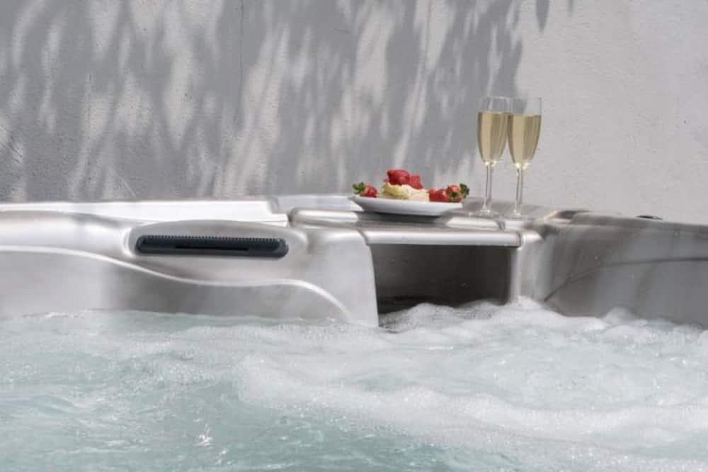 村舍, 多张床 - 室外 SPA 浴缸