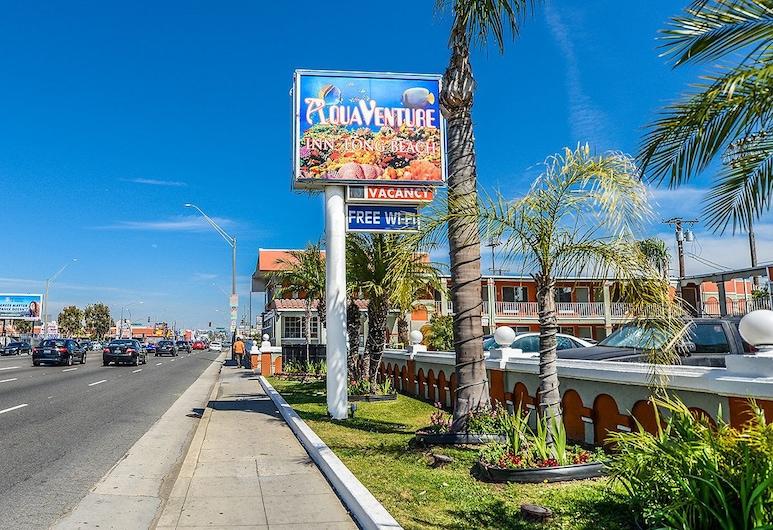 Aqua Venture Inn, Long Beach, Exterior
