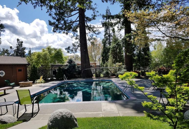 Redwood Hyperion Suites, Grants Pass, Piscina all'aperto