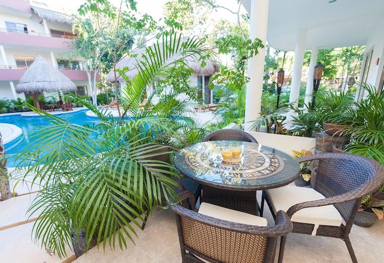 Puerta Zama 107 by BRM, Tulum, Deluxe Condo, 1 Bedroom, Concierge Service, Pool View, Outdoor Pool