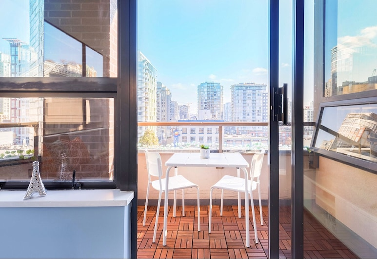 Best Location Yaletown Luxury Suites, Vancouver, Superior Apartment, 1 Bedroom, Balcony, City View, Balcony