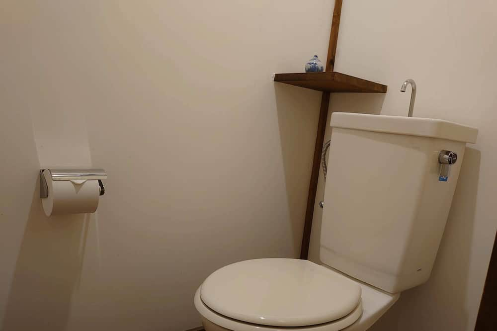 Western Twin Room (16sqm) (Over 13 years old only) - Non Smoking - Bathroom