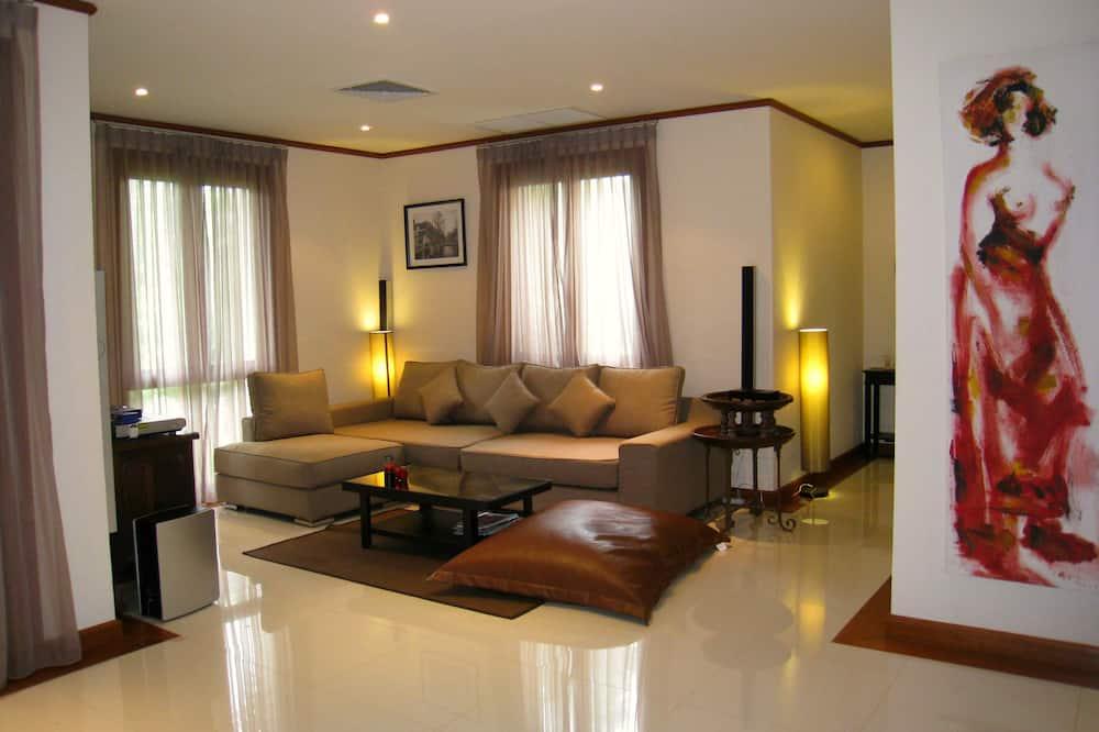4 Bedrooms Villa - Sala de estar