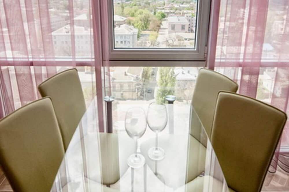 公寓 (Astashkina street 29, bldg 1, room146) - 客房內用餐