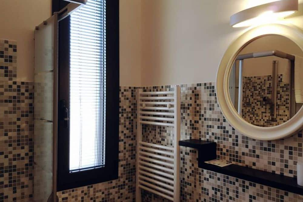 Dvojlôžková izba pre 1 osobu - Kúpeľňa