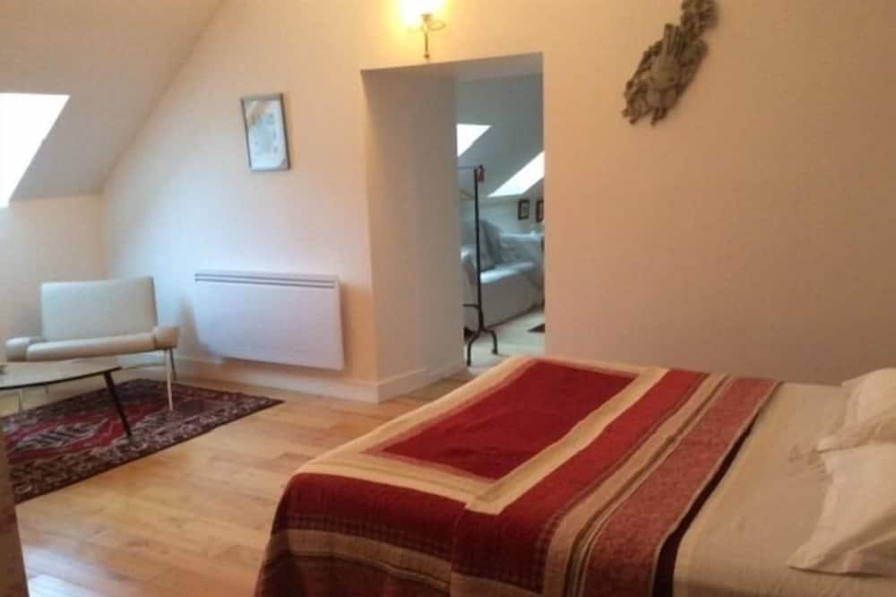 Family Tek Büyük Yataklı Oda, 1 Yatak Odası (La Rouget de Lisle) - Banyo