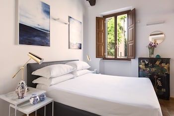 Picture of Rome Accommodation - Margana I in Rome