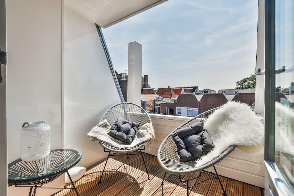 Deluxe Suite, Balcony - Balcony