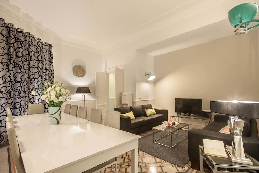 Apartment, 5 Bedrooms - Imej Utama