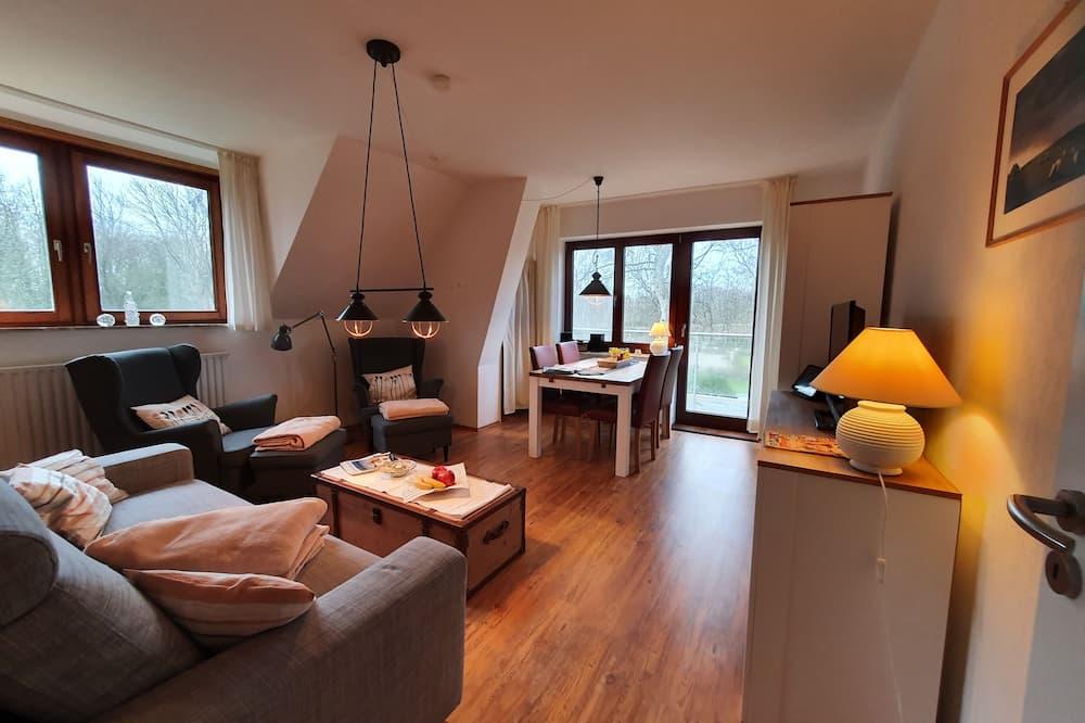 Traditional-Apartment, 3Schlafzimmer, Balkon - Wohnbereich