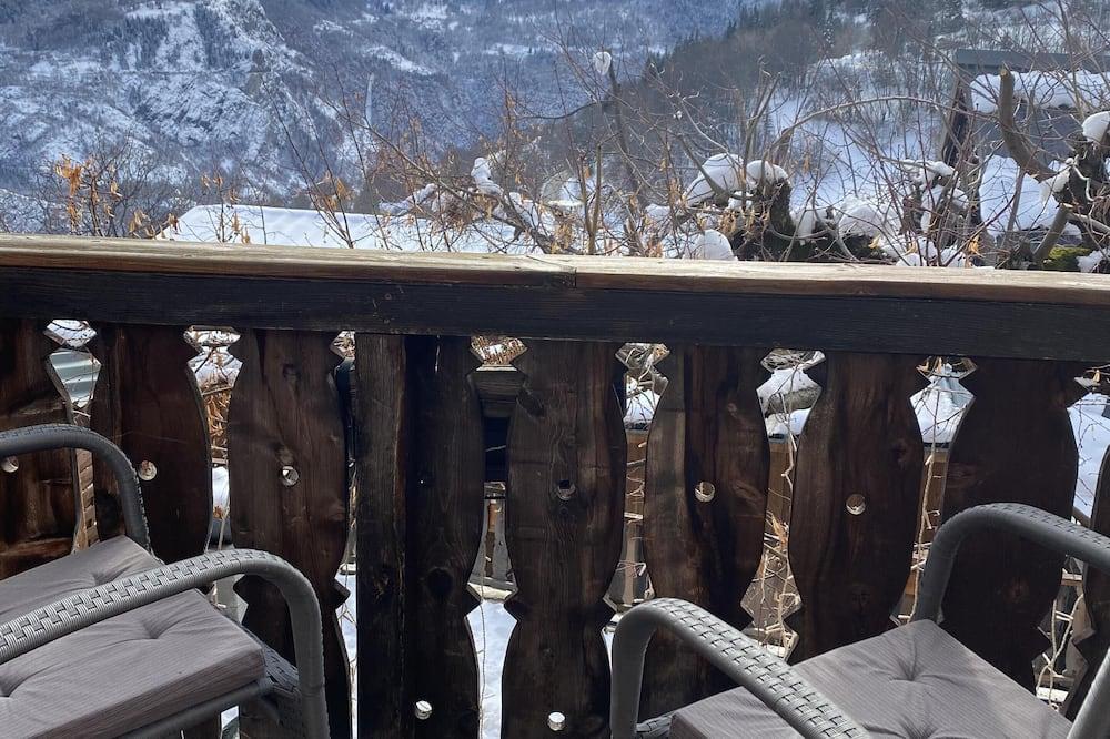 Comfort Tek Büyük Yataklı Oda, Banyolu/Duşlu, Dağ Manzaralı (7-8-9) - Balkon Manzarası