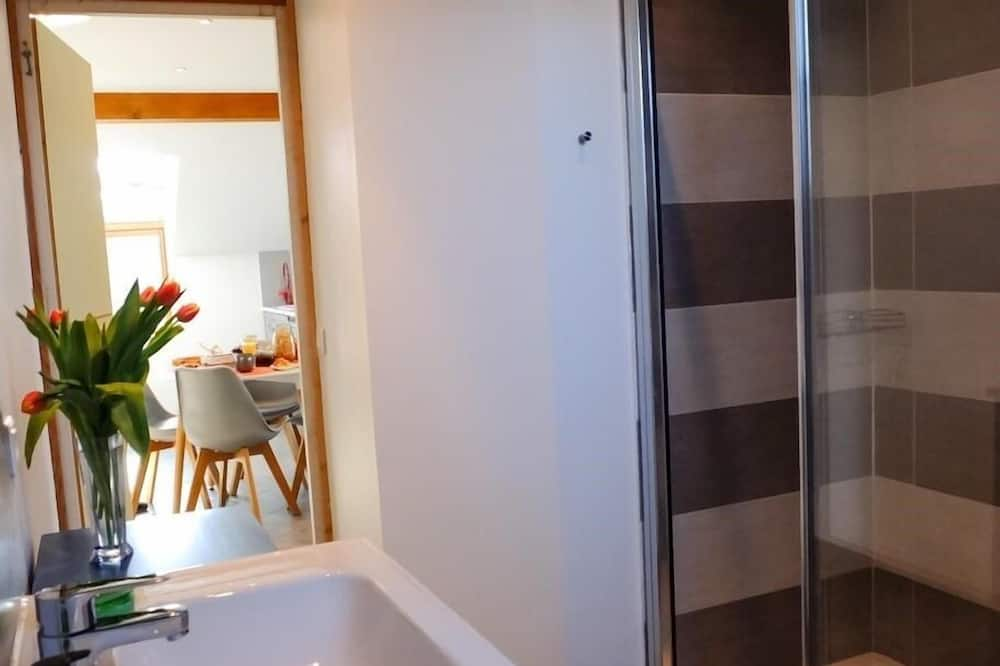Apartment, Ensuite, Mountain View (Le Garage) - Bathroom