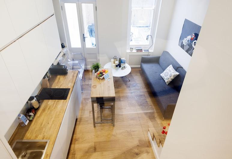 The Philbeach Gardens Apartment VI - MM01, London, Apartment, 1 Bedroom, Living Area
