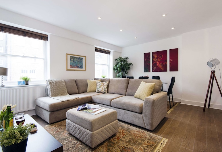 Stunning  Queensway Apartment - SGS, London