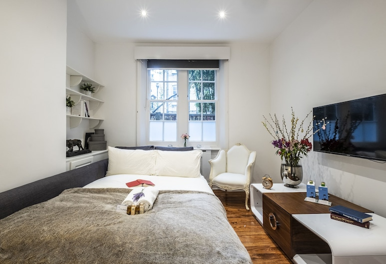 Bright Warwick Chambers Apartment - JPL, London, Deluxe-Apartment, 1 Schlafzimmer, Wohnbereich