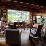 Casa, 2 Quartos, Cozinha - Área de Estar