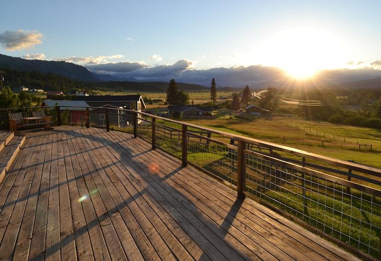 Großartige Aussichten! Whirlpool! Direkter Zugang zum Yakima River und zum John Wayne Trail., Cle Elum, Balkon