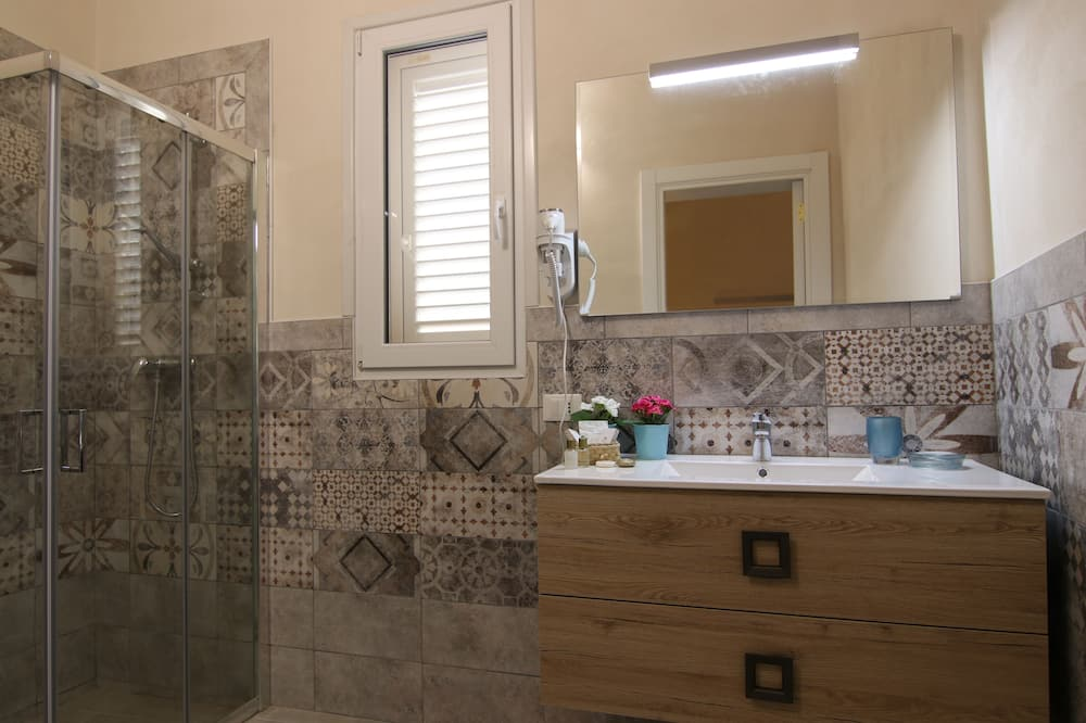 舒適四人房 (Mandorlo) - 浴室