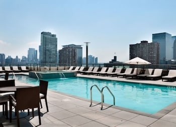 Picture of Bluebird Suites near the PATH in Jersey City