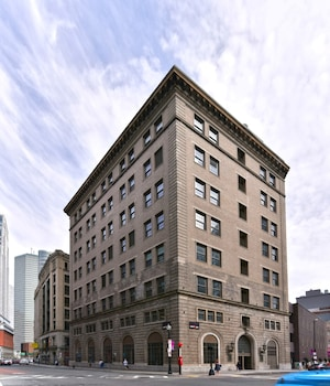 Picture of Bluebird Suites in China Town in Boston