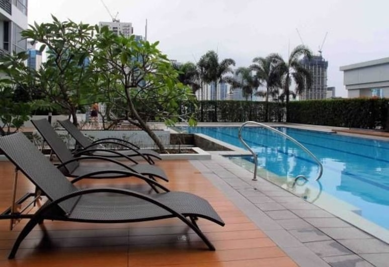 At The Heart of BGC at The Infinity Tower, Taguig